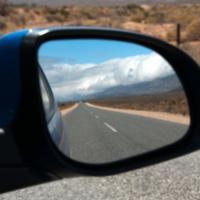Lezione di guida/civica 2: specchietti laterali, freni e frecce non sono un optional.